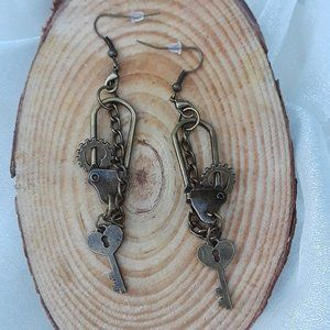 Fairy Tale Jewelry Jewelry - Steampunk Chained - antique gold dangle earrings
